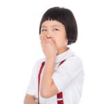 【小学生向け】バスレクやお楽しみ会で大ウケする低学年向けダジャレなぞなぞ!26問